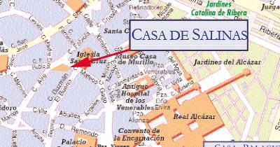 La Casa de Salinas está en el Barrio de Santa Cruz, a 100 metros de la Catedral